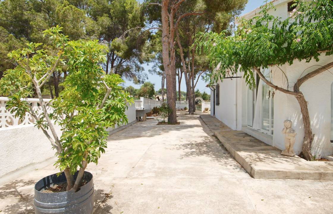 Resale - Villa - Moraira - Center